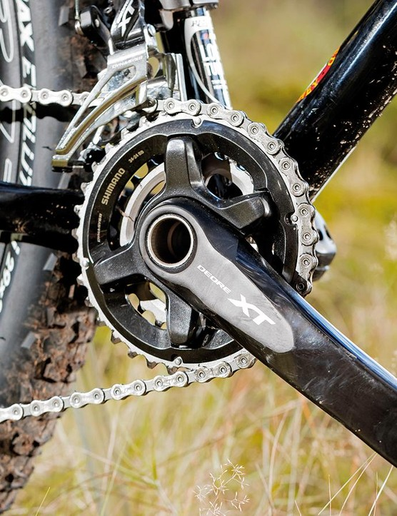 Shimano's Deore XT groupset performs shifting duties