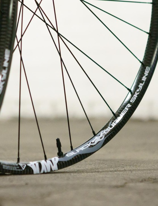 ...a smidge over 1,200g of carbon XC excellence