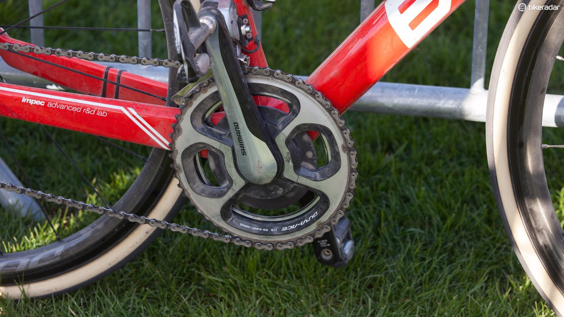Van Avermaet has SRM Shimano 11-spd power meters on both bikes. Since Shimano began making a power meter, SRM won't be making power meters with 9100 cranks
