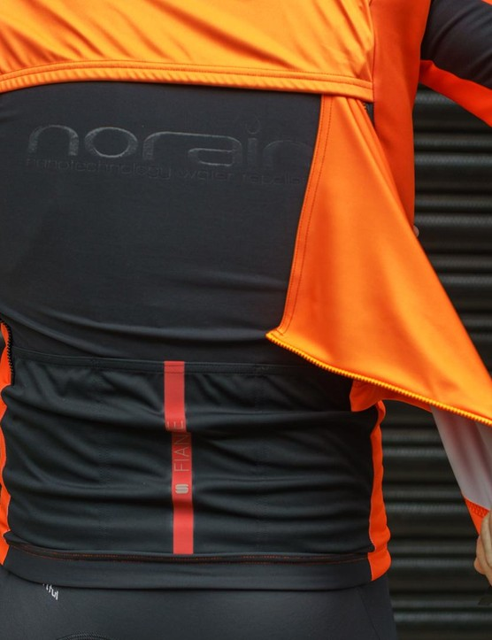 As the name suggests, the Fiandre Cabrio jacket has a removable back panel for extra breathability when needed
