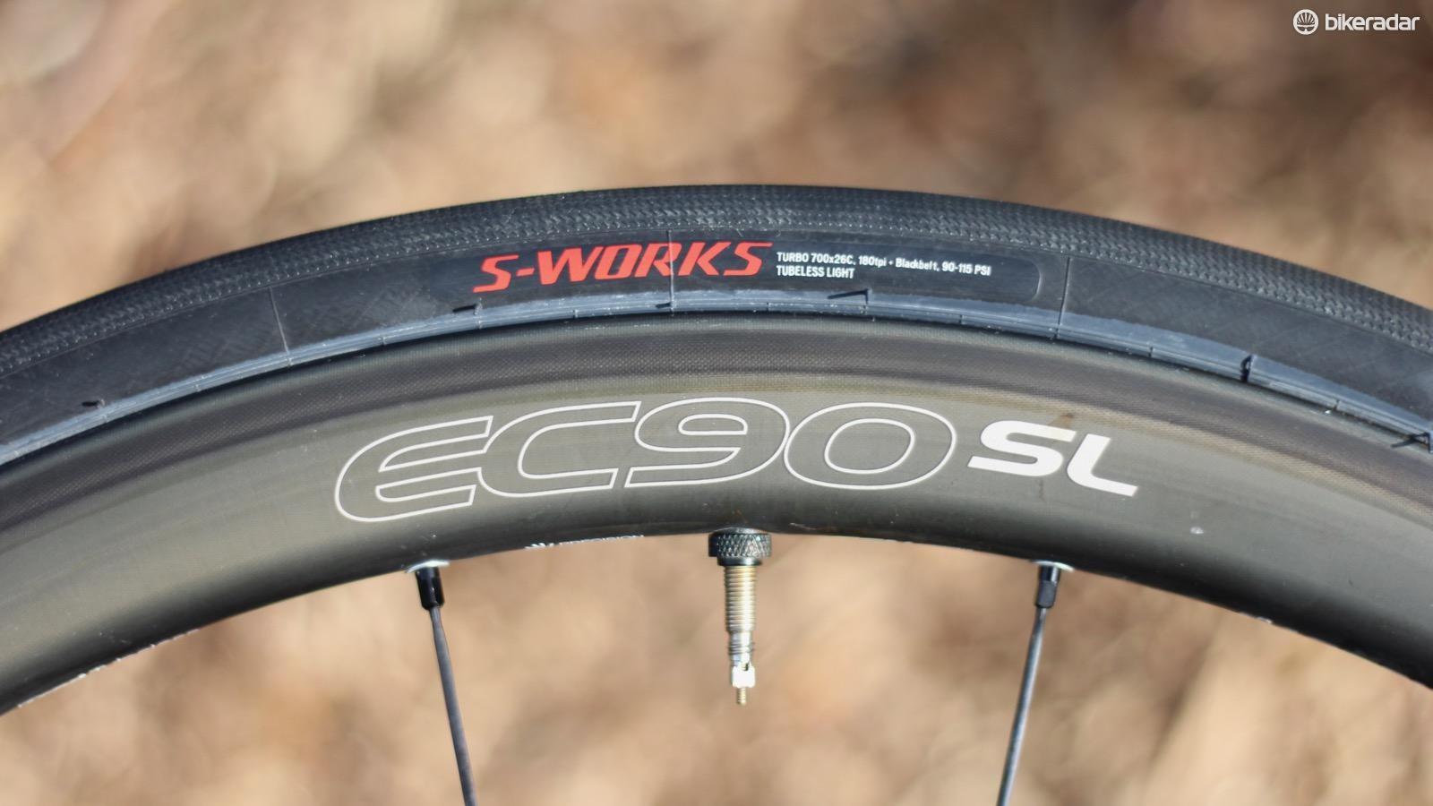 road-tire-test-5-1486070698660-c39c1t2n0ulv-06d77f8