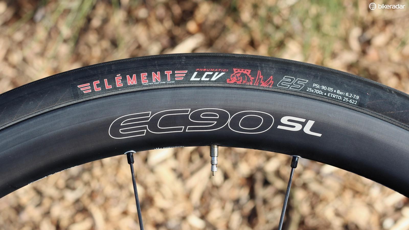 road-tire-test-6-1486070698663-bmnl4id9c4wh-4a5c42d