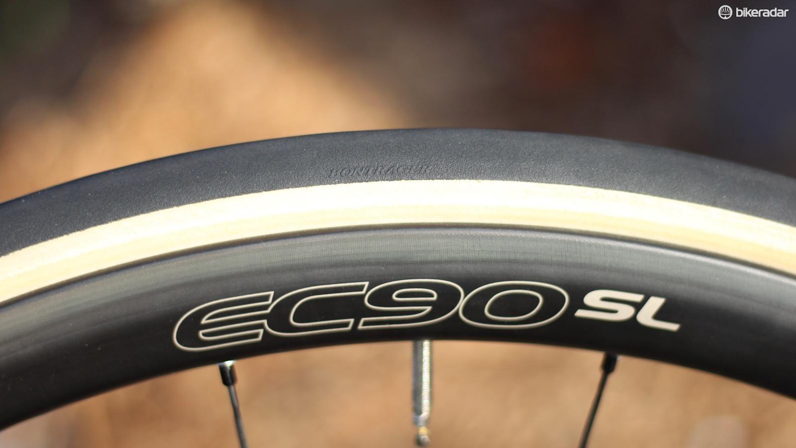 road-tire-test-7-1486070698667-6dyy3vlcfaxa-d51cfe1