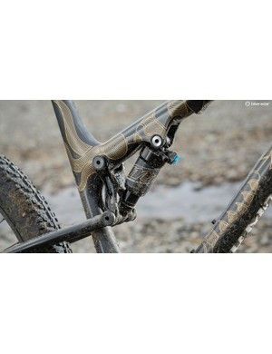 The Manitou shock sits high in the angle of seat tube and top tube