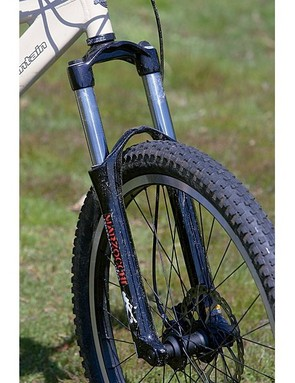 By speccing Marzocchi's 100mm (4in) travel Dirt Jam Pro fork, Rocky Mountain's designers are encoura