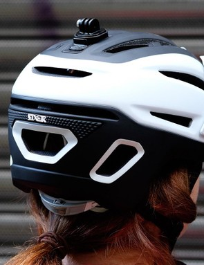 Rubberized padding keeps your goggle straps from slipping