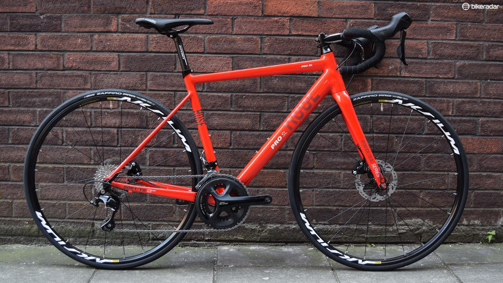 The Rose Pro SL Disc-2000 is a lot of bike for the money