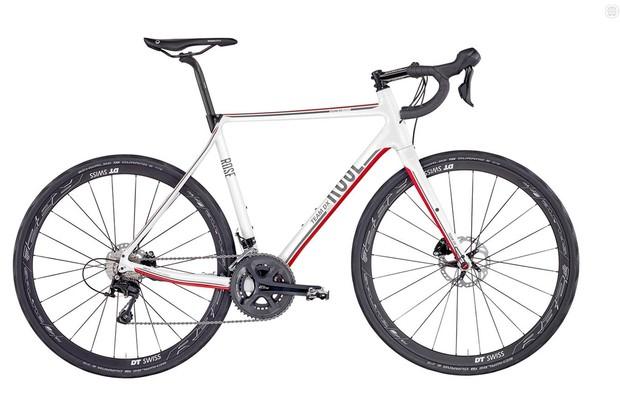 Rose Team DX Cross AR 2000 is no CX bike, but it's an appealing companion
