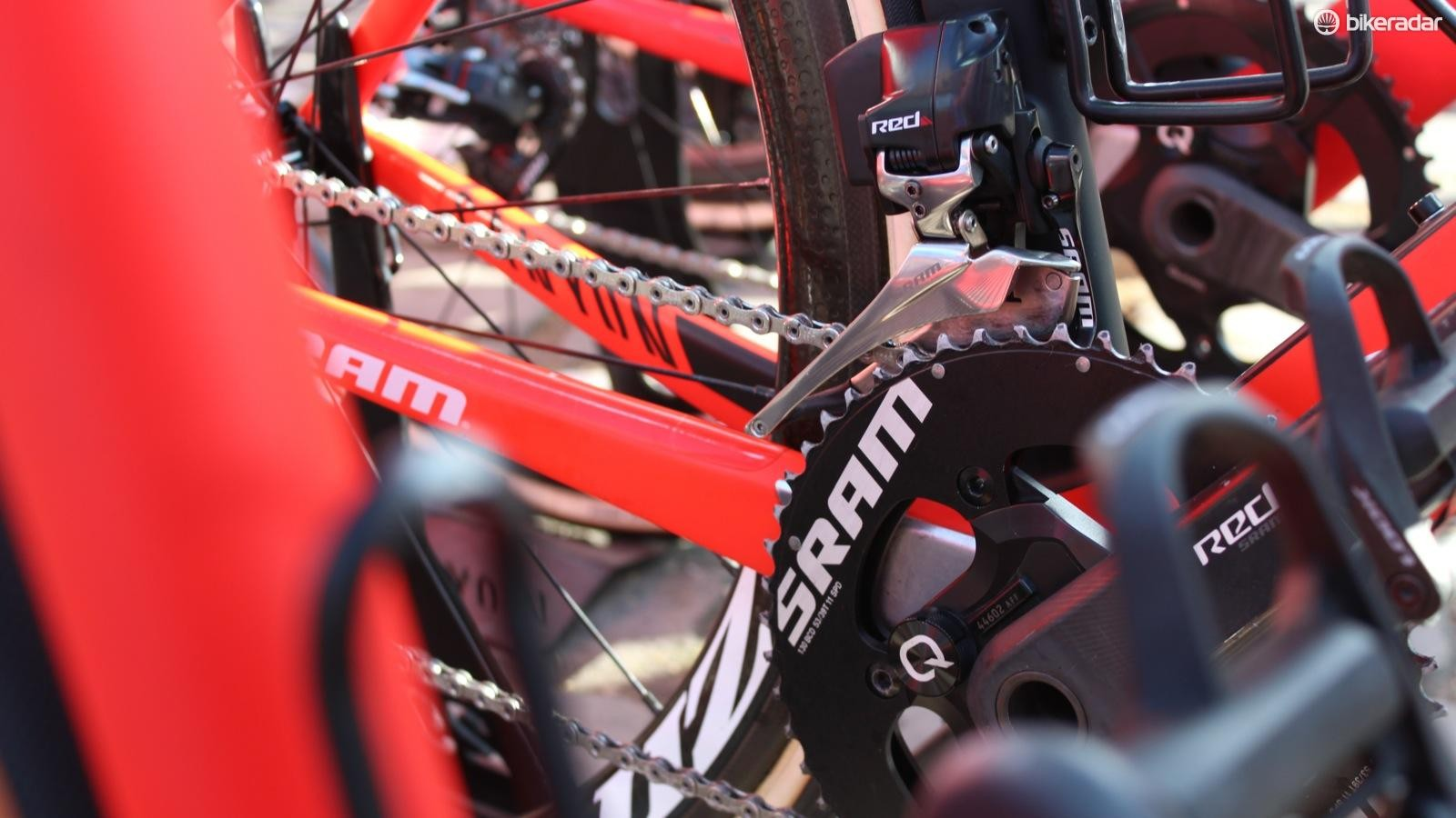 Electronic gears were everywhere at Paris-Roubaix this year. Team Katusha rode SRAM Red eTap — with SRAM-branded rings after riding the Tour of Flanders on blacked-out Rotor rings