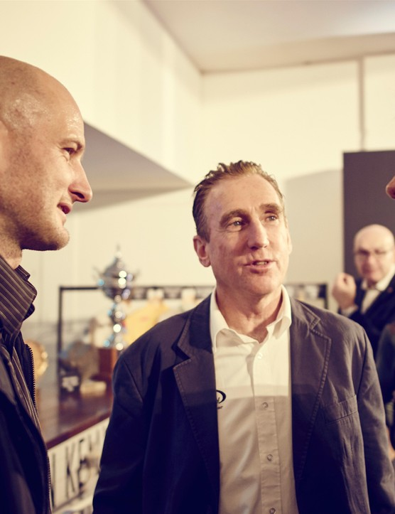 Steve Cummings, Sean Kelly and Jan Ulrich shoot the breeze…