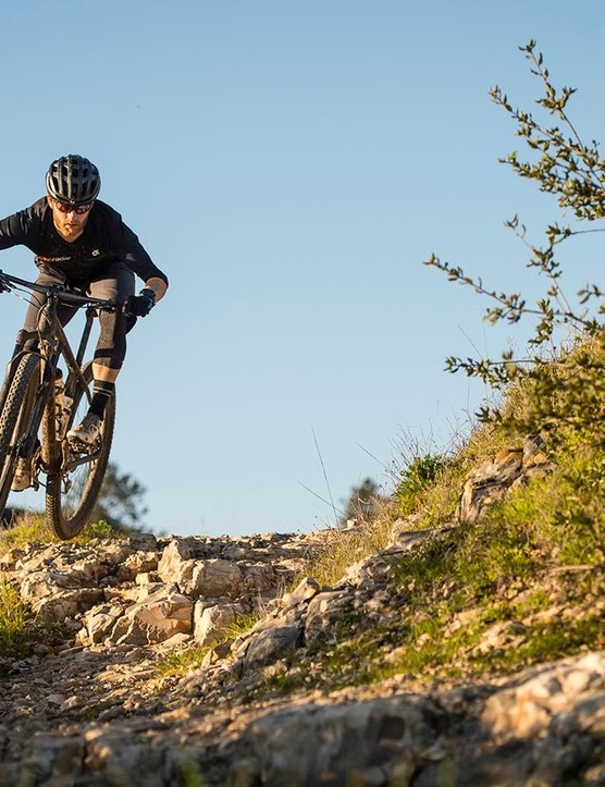 The Control SL wheelset outperforms many other lightweight wheelsets in rough terrain