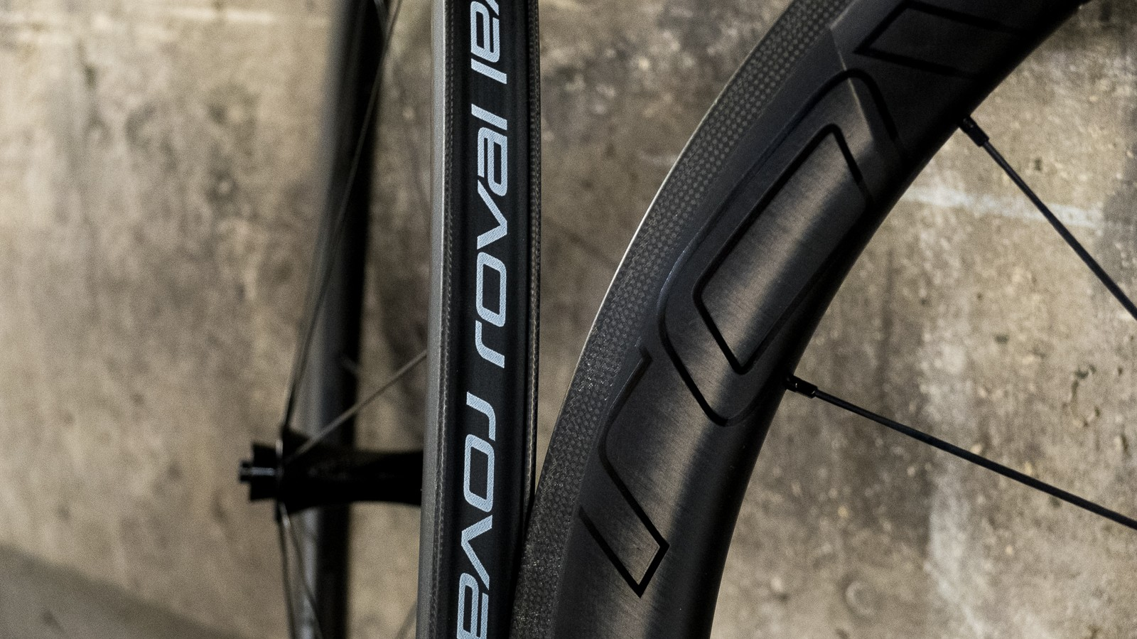 The 20.7mm internal width of these rims wouldn't have been unusual on a mountain bike a few years back. How times change