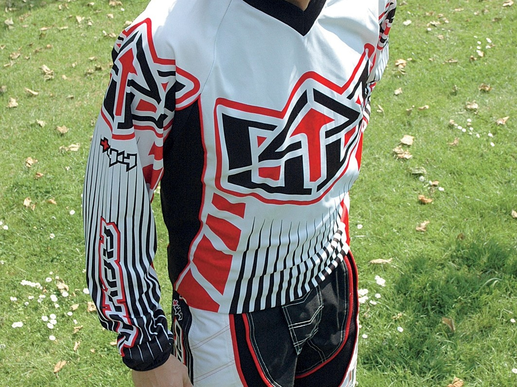 A very well-designed, great looking racing kit.