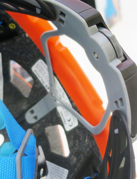 The Protera's rear cradle offers plenty of vertical adjustment