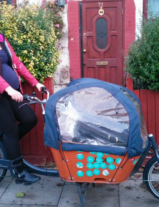 Ruth-Anna is a doctor in obstetrics and gynaecology, so is well aware of the risks and benefits of cycling while pregnant