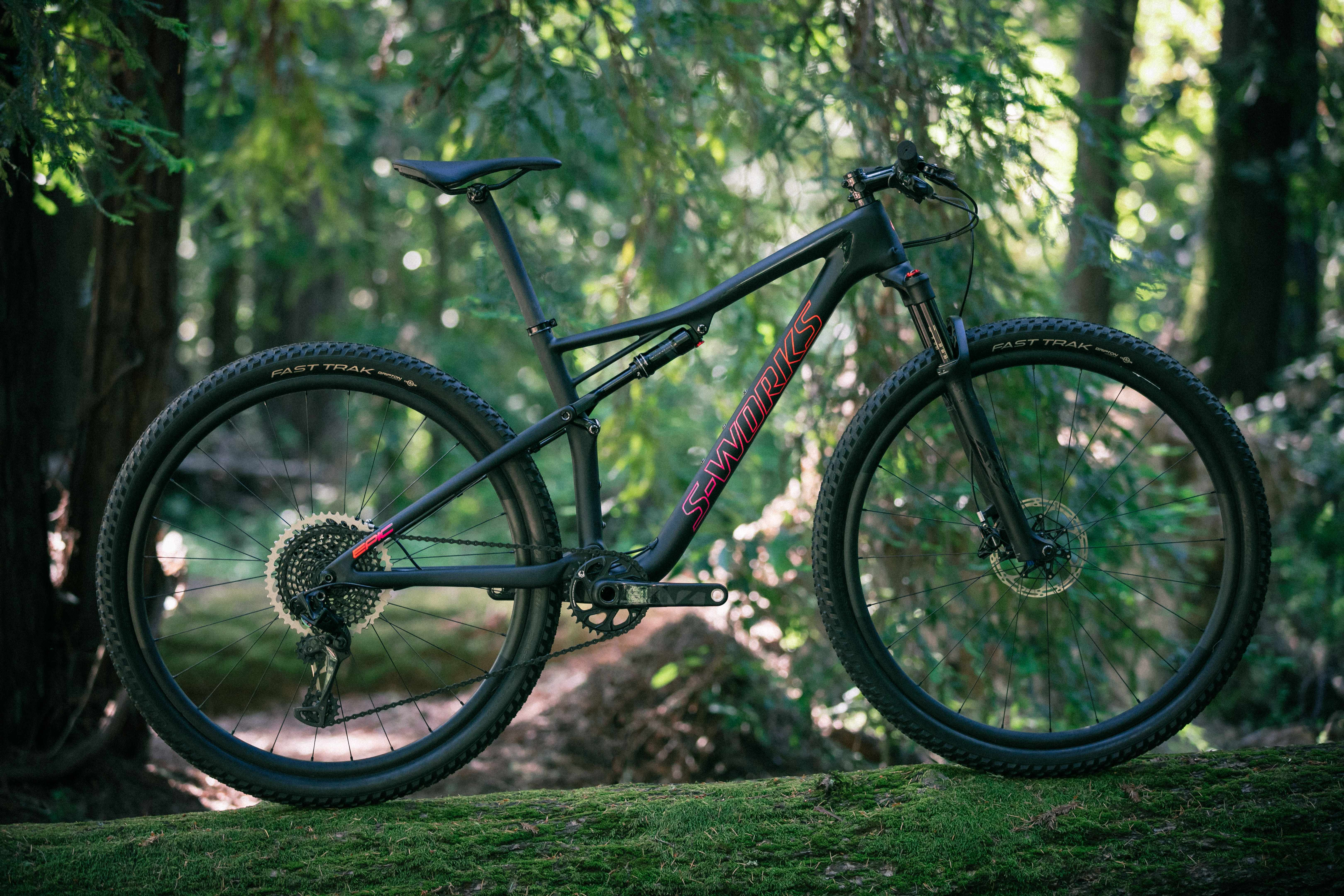 Specialized's all new Epic is designed to handle the more rigorous demands of the technical, bike battering cross-country tracks we're starting to see more and more of