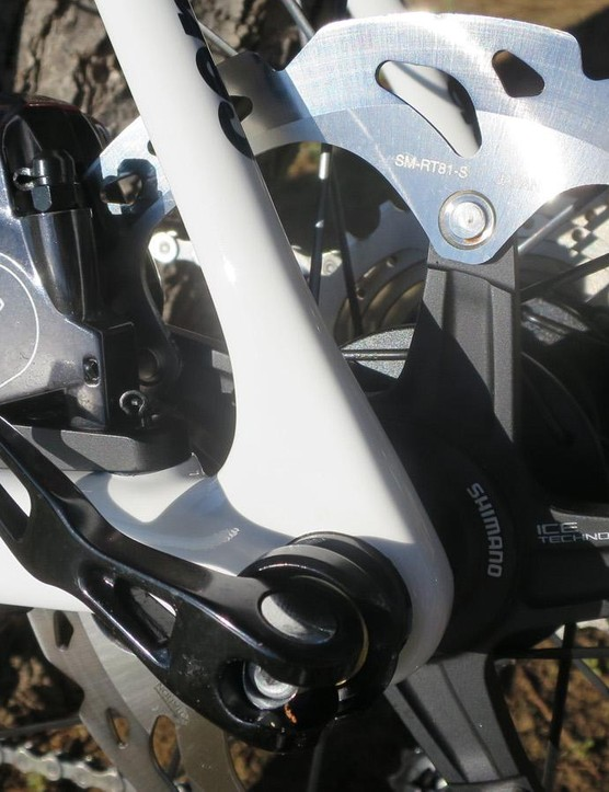 Flat mount disc brakes are – according to Cervélo – one of the reasons for the improved drag figures