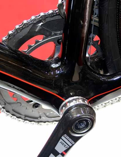 The Izalco is built around what looks to be a well reinforced bottom bracket area.