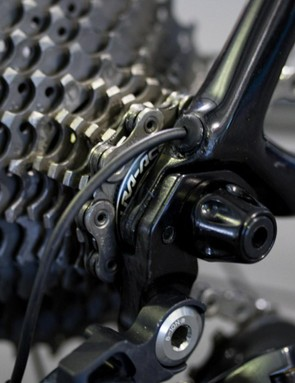 Shimano provide the world champion with an 11-28 Dura-Ace cassette