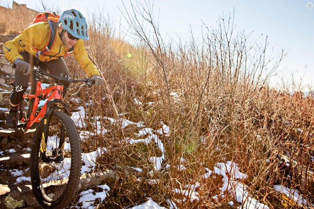 The Deadwood SUS is a short-travel 29+ mountain bike designed for long rides on rough trails