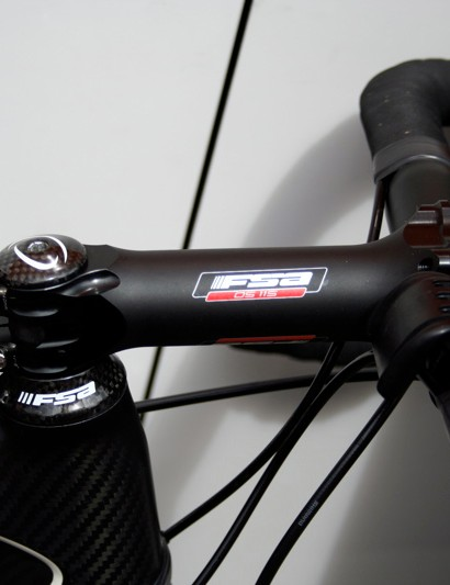 As part of the trend to use a small frame and long stem demon descender Samuel Sanchez has a 140mm FSA OS-115…