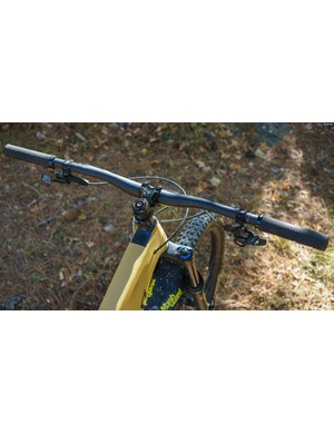 Big bars for a big bike, Santa Cruz's own 800mm wide AM carbon bar featured a 35mm clamp