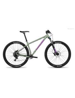 The Santa Cruz Chameleon has been updated with 27.5+ or 29er wheel compatibility