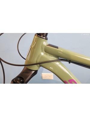 The 67.6–67.3 degree head tube angle (depending on wheelsize) is refreshingly slack