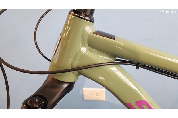 The 67.6–67.3 degree head tube angle (depending on wheelsize) is refreshingly slack