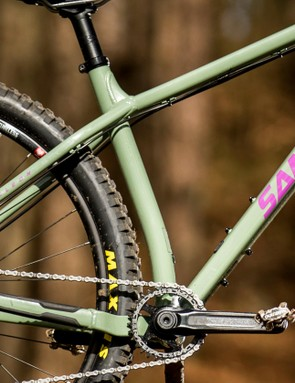 The seatpost is curved at the base to allow short 415–430mm chainstays but still has a long enough straight section to drop the saddle a useful amount. It's also ported for an internal dropper which pops out of the base of the seat tube then disappears into the down tube