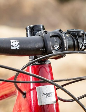Stumpy head and seat tubes mean shorter riders can fit dinky stems and size up for maximum chaos potential