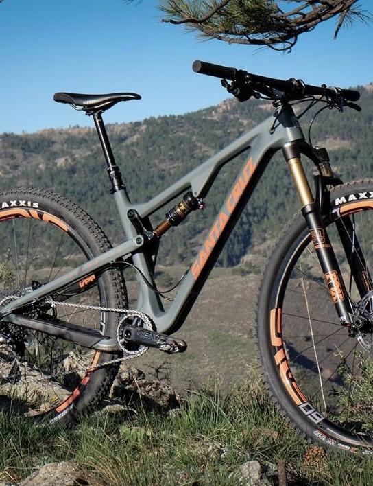 Few companies create such beautiful machines as Santa Cruz. They work pretty well, too…