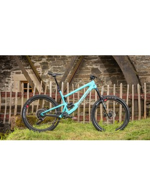 The Santa Cruz Bronson (and Juliana Roubion) rock 150mm from the Lower Link VPP suspension