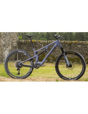 Longer reach and 130mm front and rear travel for the playful 5010