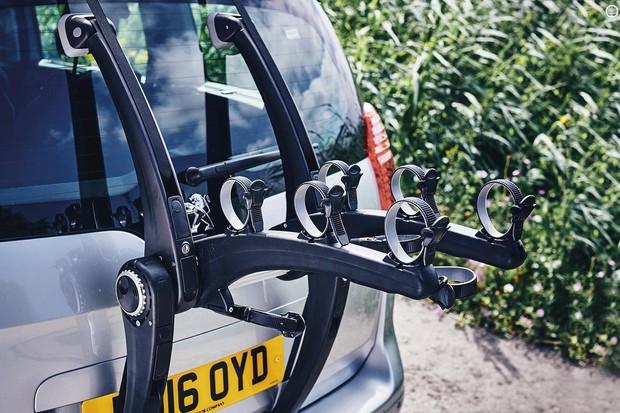 Saris' SUPERBones 3 trunk-mounting bike rack