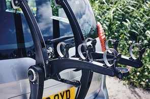 The SUPERBones 3 has retractable mounting straps that wind out from the main arms