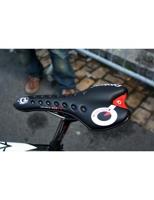 Carlos Sastre (CSC-Saxo Bank) has a new Prologo Choice Max TR saddle…