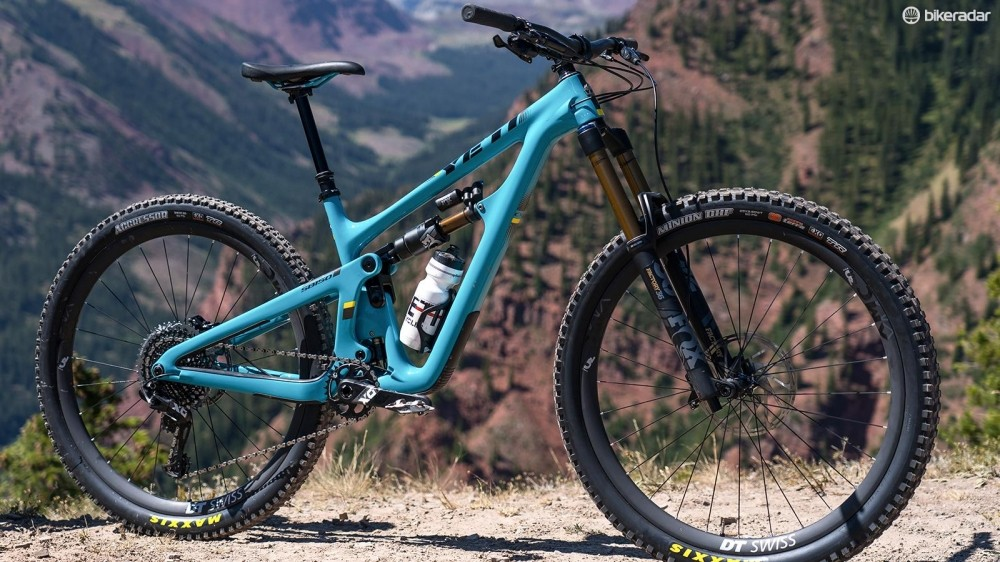 The SB150 replaces the SB5.5 as Yeti's hard-hitting 29er