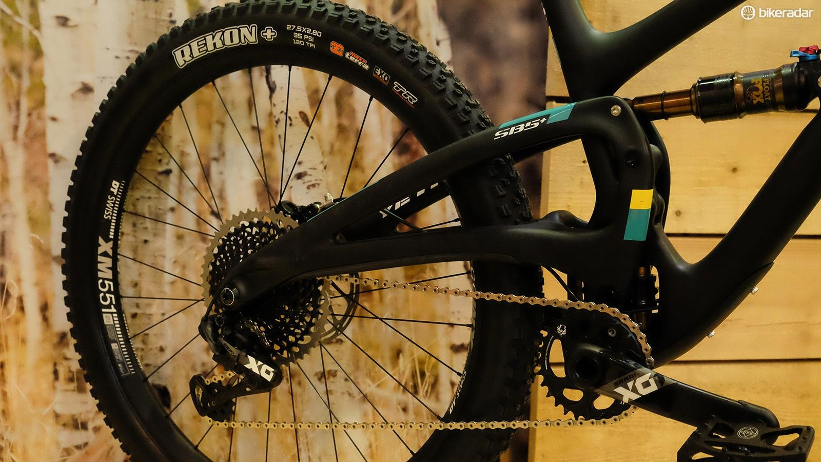 Yeti used an elevated chainstay design on the SB5+ to maximize tire clearance without making the rear end too long