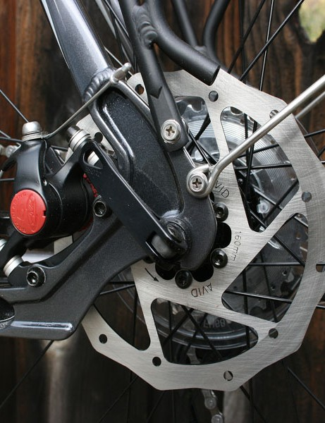 Slick forged dropouts offer space for Avid disc brakes.