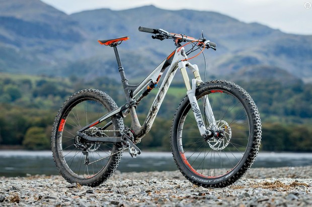 Big rubber and big travel come together convincingly on Scott's Genius LT 710 Plus