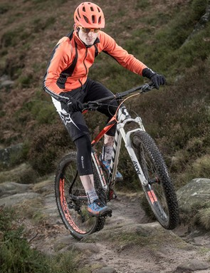 The Scale has no difficulty keeping up with conventional hardtails and full-susser on climbs, and sustains speed and traction well over rough sections