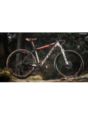 Scott's Scale 710 Plus is –as you'd expect from a race-bred machine –steeper and slenderer than many plus-sized bikes
