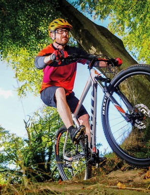 The remote fork lock-out on the bars enables you to stiffen the front end up when you need to