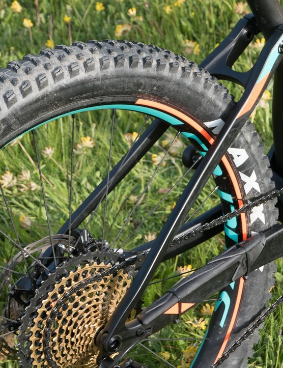 The Plus bikes use a different and slightly longer rear end than the 29er for extra clearance