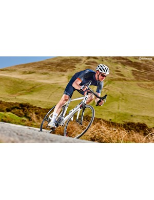 Here are the best road bikes under £1,000