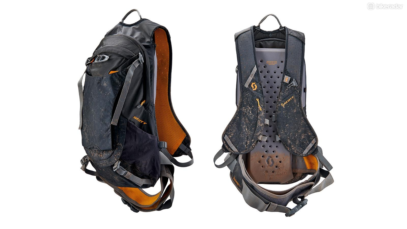 Scott Trail Protect FR' 12 is well featured but came up frustratingly short on our tall tester