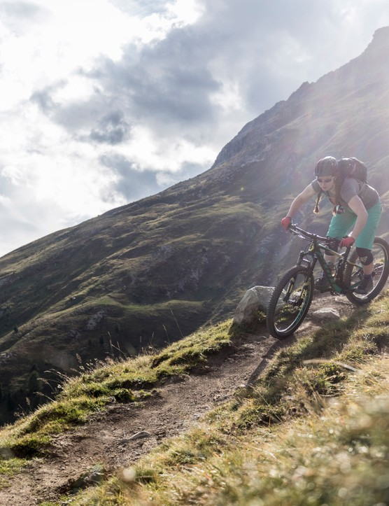 We put the Scott Contessa Spark 710 Plus through its paces in the Swiss Alps