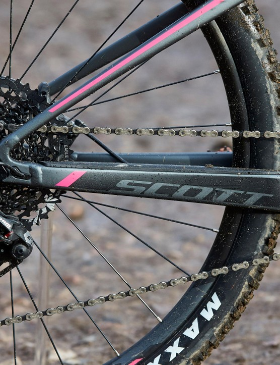 Gearing is a combination of SRAM GX Eagle and X1