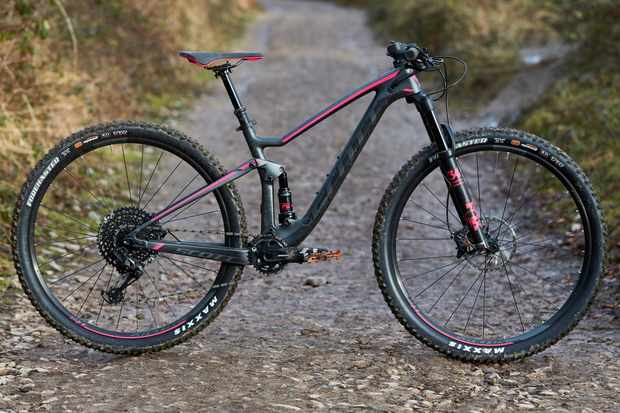 The Scott Contessa Spark 910, a carbon-framed trail-ready 29er